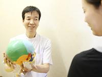 京都市山科区・椥辻じじゅう接骨院の施術方針のご説明の風景